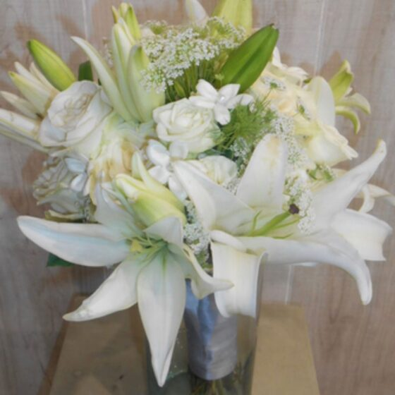 Bouquet of white lillies